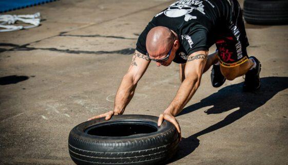 tyre-push-2140997_960_720